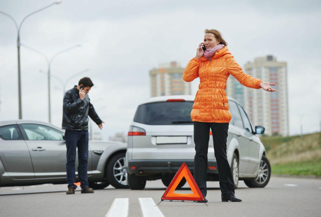 ¿Qué hago si choco y no tengo seguro para mi auto? permanece en tu lugar